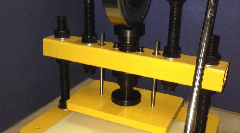 8160 Perforative Stanzpresse (Clicker Die Press)